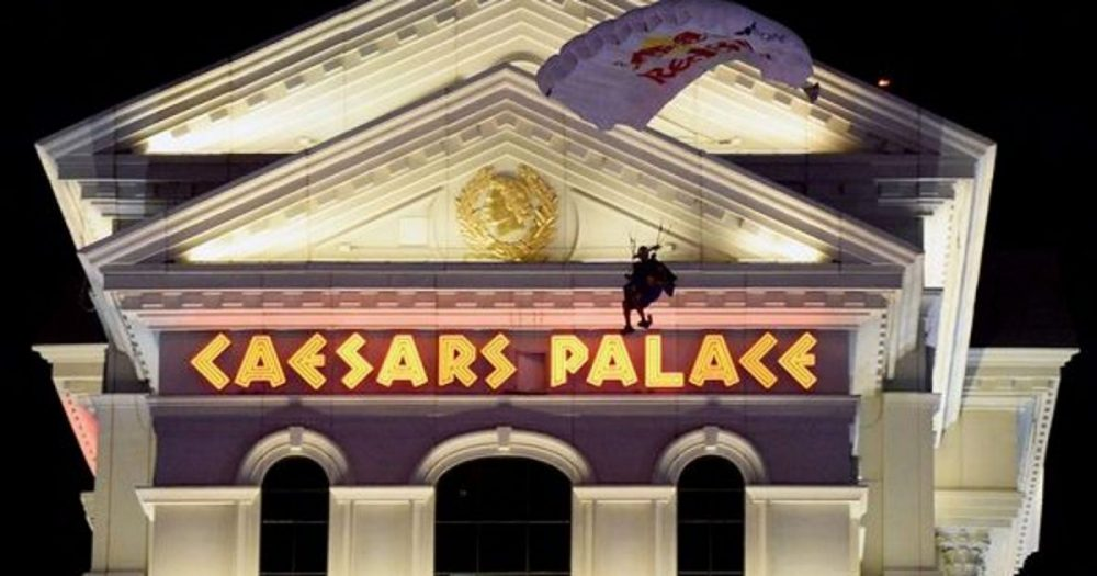 Dealers At Caesars Palace Casino In Vegas Vote To Join UAW