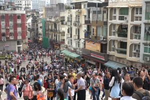 Macau Legislator Proposes Limiting Tourism
