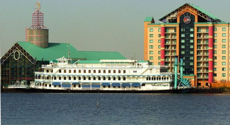 Remove Two Bossier City-Shreveport Riverboat Casinos: Study
