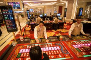 Analysts Predict Macau GGR To Tank By Up To Eight Percent In April