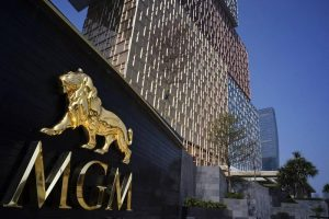 MGM Resorts To Further Downsize Its Workforce