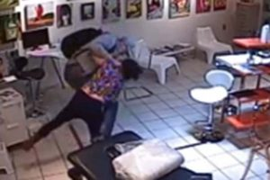 Malaysia: Woman Attacks Husband After He Asks Her Not To Gamble Online