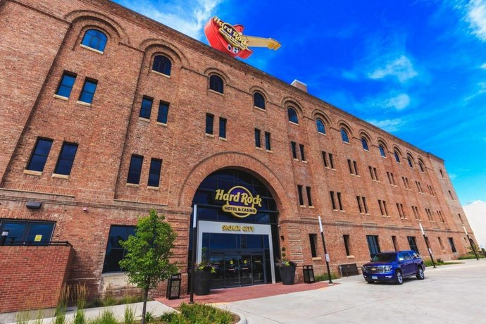 Iowa Regulators Approve Sports Betting Plans For Hard Rock Sioux City, Grand Falls