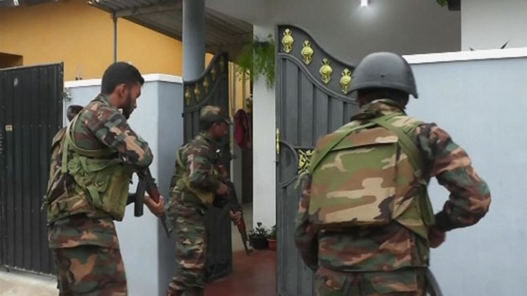 Sri Lanka: Police Officers Attacked During A Raid On An Illegal Gambling Den