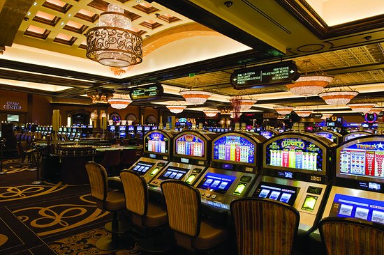 Sports Betting Operations Begin At Caesars' Horseshoe Hammond Casino In Northwest Indiana