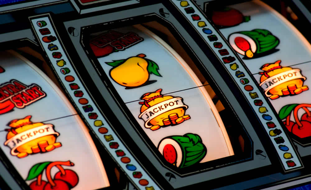 UK Gambling Commission Says Pubs Inefficient In Stopping Underage Fruit Machine Gambling