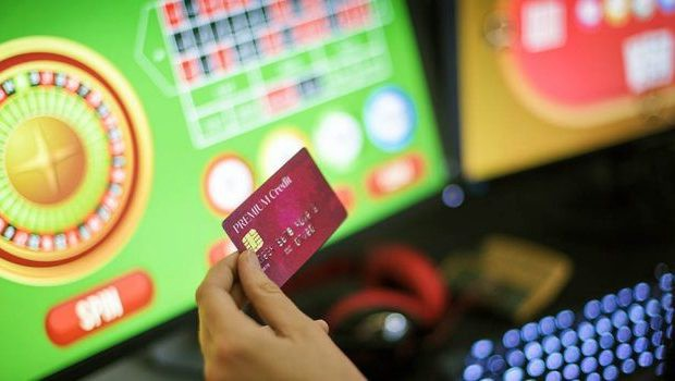 UK's Liberal Democrats Call For A Ban On Gambling On Credit