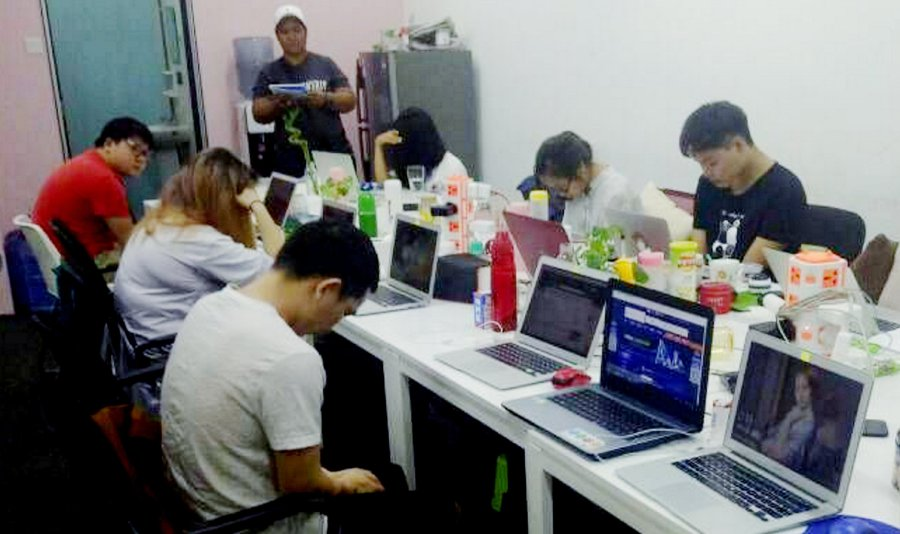 Malaysia: Police Arrests 680 Chinese Nationals Busting An Overseas Online Gambling Scam