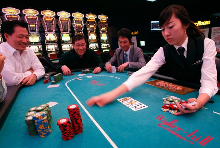 Korean Casino Operator GKL's Net Profit Slips 4.1 Percent