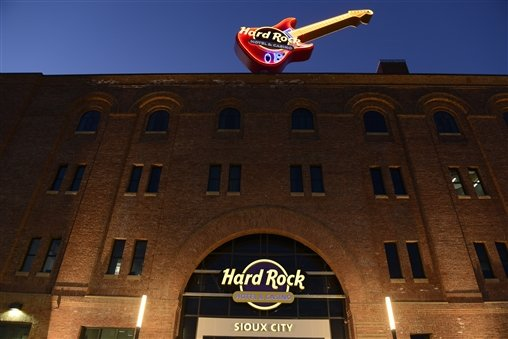Hard Rock Hotel And Casino Sioux City Takes $1.2m In Wagers For First Full Month Of Sports Betting